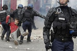 Analysts: Protest Across France Threaten Higher Oil Prices for Europe
