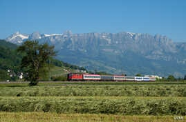 FILE - An SBB train is seen traveling between the Swiss cities of Buchs and Sennwald in this 2010 photo (David Gubler/Wikicommons)