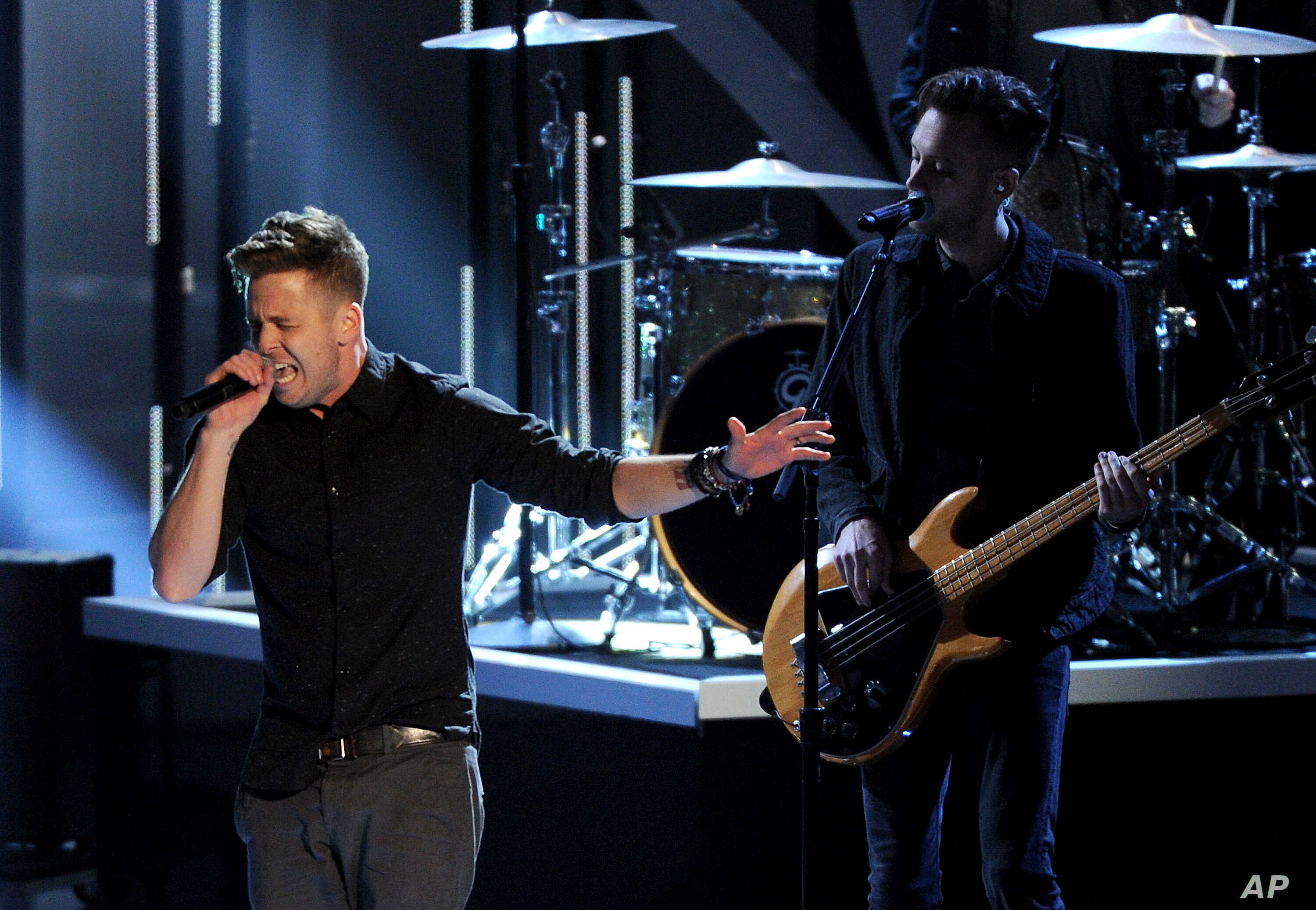 Ryan Tedder and OneRepublic perform at the 40th annual People's Choice Awards at Nokia Theatre L.A. Live, Jan. 8, 2014, in Los Angeles.