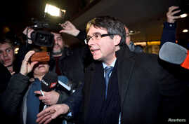 Catalan separatist leader Carles Puigdemont arrives at Copenhagen Airport, Denmark, Jan. 22, 2018.
