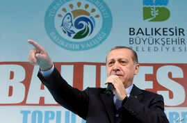 Turkey's President Recep Tayyip Erdogan addresses his supporters in Balikesir, Turkey, April 6, 2017.