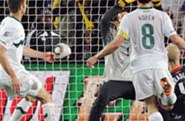 US, Slovenia Draw, Serbia Stuns Germany in World Cup