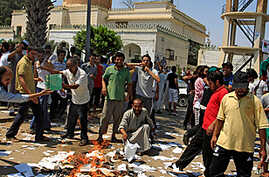 Libyan Rebels Battle for Control of Supply Route