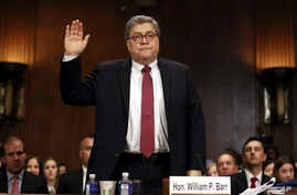 Attorney General William Barr is sworn in to testify before the Senate Judiciary Committee hearing on Capitol Hill in Washington, May 1, 2019, on the Mueller Report.