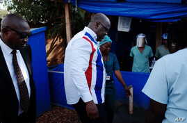 DRC President Felix Tshisekedi arrives at an ebola treatment centre at Beni General Hospital in Beni on April 16, 2019.