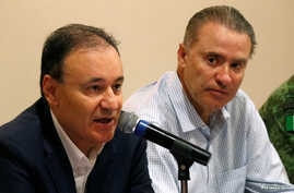Mexico's Security Minister Alfonso Durazo and Sinaloa State Governor Quirino Ordaz Coppel hold a news conference a day after…