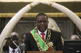 Zimbabwean President Emmerson Mnangagwa delivers his state of the nation address at the opening session of parliament in Harare, Oct. 1, 2019.
