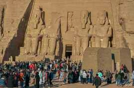 Only 4,500 national and international tourists had checked-in at the Abu Simbel temple complex when the solar phenomenon happened. (Hamada Elrasam/VOA)