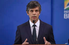 Brazil's newly-named Brazil Health Minister Nelson Teich speaks during his swearing-in ceremony at Planalto palace in Brasilia,…