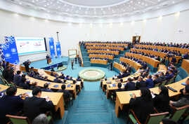 The Uzbek government has been trying to convince Uzbek professionals abroad to return and join the ranks both in central and regional governments. (Credit: eyuf.uz)