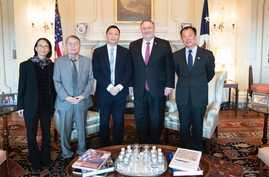 U.S. Secretary of State Mike Pompeo met with Wang Dan, Su Xiaokang, Liane Lee, Henry Li and other student leaders and survivors