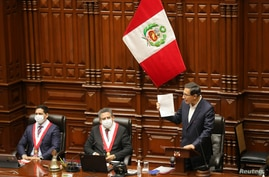 Peru's President Martin Vizcarra addresses Congress as lawmakers were set to vote over whether to oust Vizcarra after…