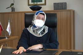 Dr. Nilufer Ataoglu is the head of Istanbul's Sariyer Health District and is in charge of COVID tracking and tracing. (Dorian Jones/VOA)