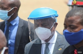 Vice President Constantino Chiwenga says Zimbabwe is in the process of securing coronavirus vaccines to contain the pandemic which he said was in worrisome situation lately. (Columbus Mavhunga/VOA)