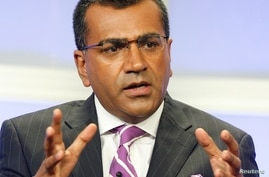   FILE - Martin Bashir, one of the anchors of the ABC news program 'Nightline', takes part in a panel discussion at the ABC television network Summer press tour for television critics in Beverly Hills, California, July 26, 2007.  