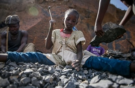 The Army is developing a new ration that uses vacuum-microwave technology to shrink items. Items under development from the Close Combat Assault Ration at the Pentagon, May 24, 2018. (Gary Shetick/US Army)Irene Wanzila, 10, works breaking rocks with a hammer at the Kayole quarry in Nairobi, Kenya Tuesday, Sept. 29, 2020, along