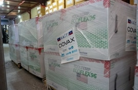 Arrival of 500,000 doses of vaccines donated by the US government through COVAX landed on 14 July 2021, in Port-au-Prince, the capital of Haiti. (Photo: © UNICEF/UN0489197/Fils Guillau)