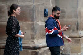 India cricket captain Virat Kohli leaves the team hotel with his wife and Bollywood actress Anushka Sharma in Manchester city…