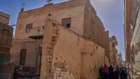 Even Christians are a minority in Egypt, but Egypt still has more than 25 historic sites that the holly family used as an asylum, most of them now turned into churches, monasteries, and worshiping places.(Hamada Elrasam/VOA)