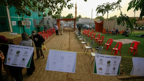 Doctors, nurses, and other volunteers set up a small treatment centre in the Shambat district of northern Khartoum on June 18,…