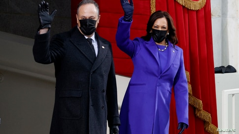 Vice President-elect Kamala Harris and her husband Doug Emhoff arrive before the inauguration of Joe Biden.