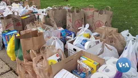 Community Food Drivein VirginiaHelps Local Food Banks Distribute Donated Food Items