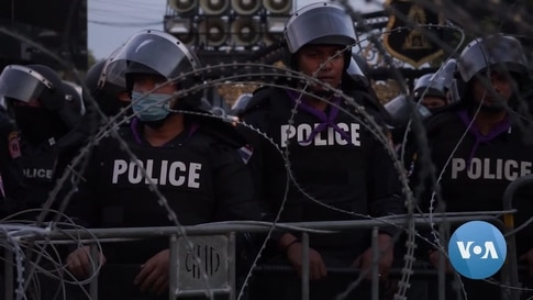 Thailand's 2020 Marked by COVID Pandemic, Economic Slump, Protests