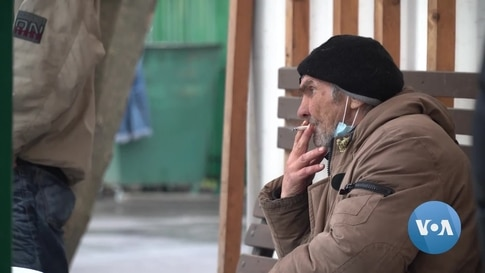 Russia's Homeless Adapt to COVID Times, Bureaucracy