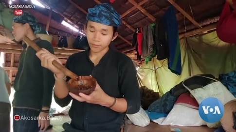 Indonesia's Isolated Baduy Use Internet to Survive Pandemic