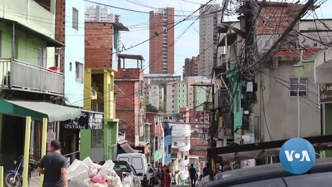 As Pandemic Pushes Brazil Deeper into Poverty, Favela Residents Adapt