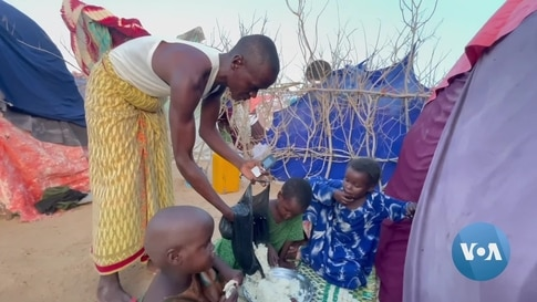 During Ramadan, Somalia's Displaced People Rely on Kindness of Others