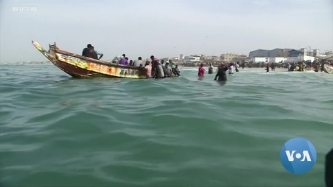 Fearing COVID Slump, Spain Tries to Deter Migrants