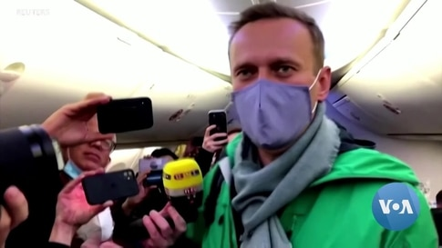 Navalny's High Stakes Return to Russia