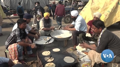 Sikh Tradition of Community Kitchens Sustains India's Farmers Protest