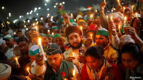 Candlelight vigil in Ghaziabad