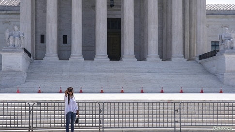 Supreme Court Backs Payments to Student-Athletes