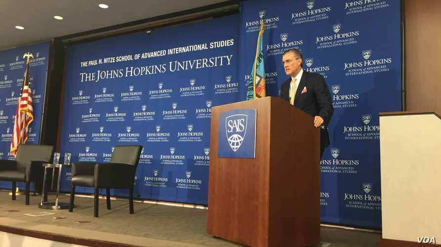 Ambassador Richard Olson, the U.S. special representative for Afghanistan and Pakistan, speaks September 29, 2016, at an event organized by Johns Hopkins University's School of Advance International Studies. (VOA/H. Alikoza)