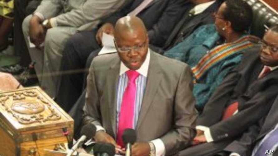Finance Minister: Zimbabwe Owes Debt to White Farmers