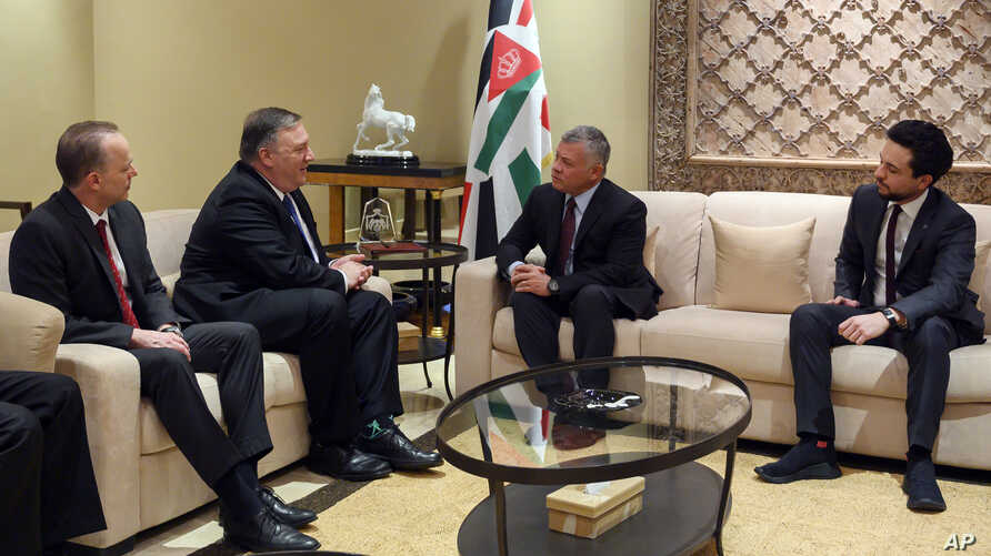 Secretary of State Mike Pompeo, second from left, meets with King Abdullah of Jordan, second from right, Tuesday, Jan. 8, 2019, in Amman, Jordan.