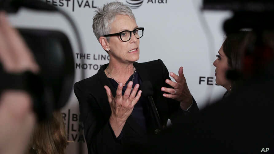 "Co-executive producer Jamie Lee Curtis attends a screening of ""Hondros"" at Cinépolis Chelsea, during the 2017 Tribeca Film Festival, April 21, 2017, in New York."