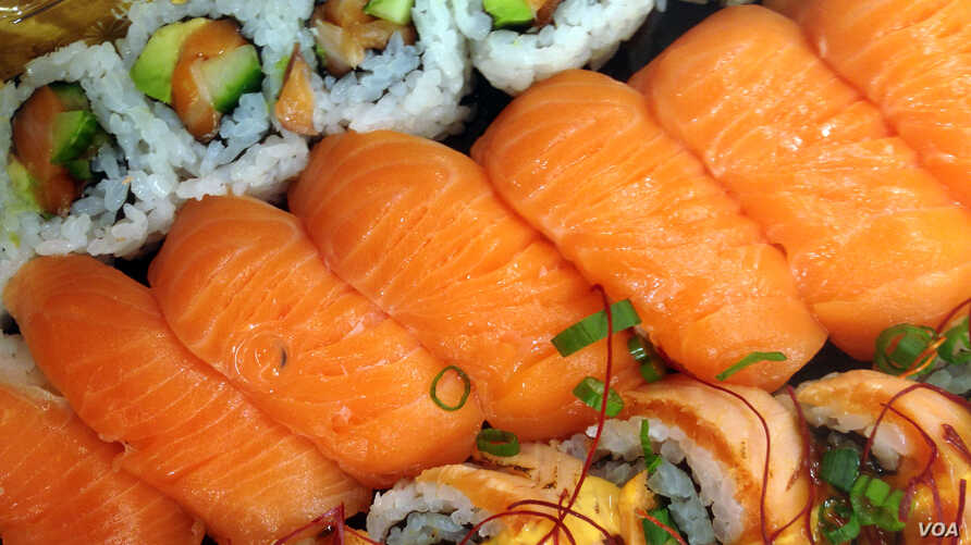 Salmon sushi. (Photo by Diaa Bekheet)