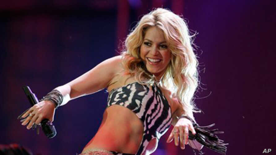 Colombian singer Shakira performs at the opening concert for the soccer World Cup at Orlando stadium in Soweto, South Africa, 10 jun 2010