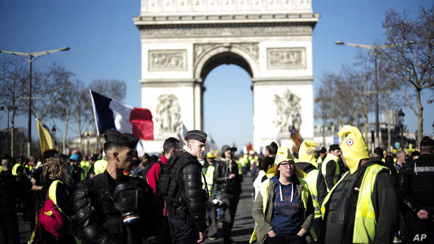 Yellow vest protesters gather at the Arc de Triomphe in Paris, France, Feb. 23, 2019.