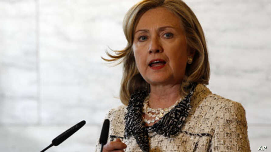 US Secretary of State Hillary Clinton attends a meeting in Rome, May 5, 2011