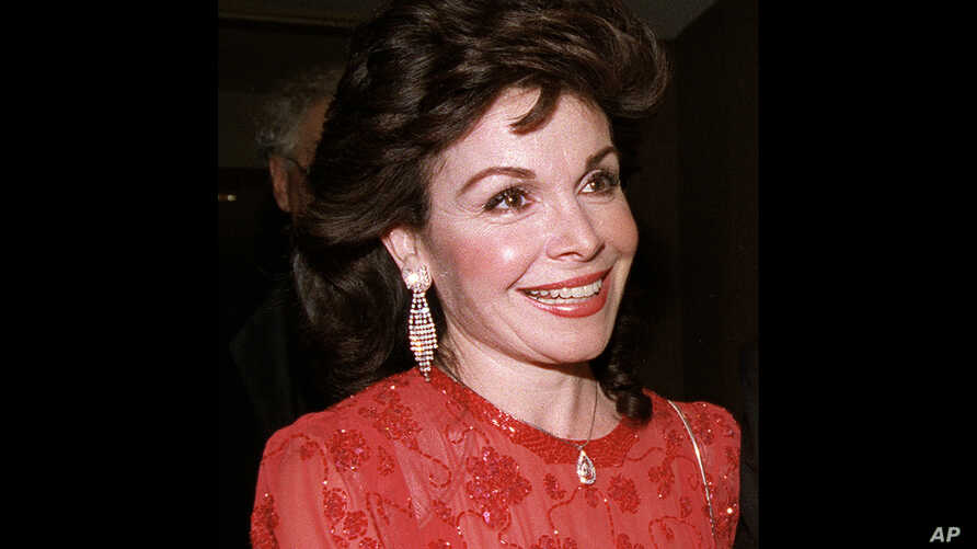 Actress and former Mickey Mouse Club member Annette Funicello arrives for the 15th annual Italian American Foundation dinner in Washington, Oct. 20, 1990.