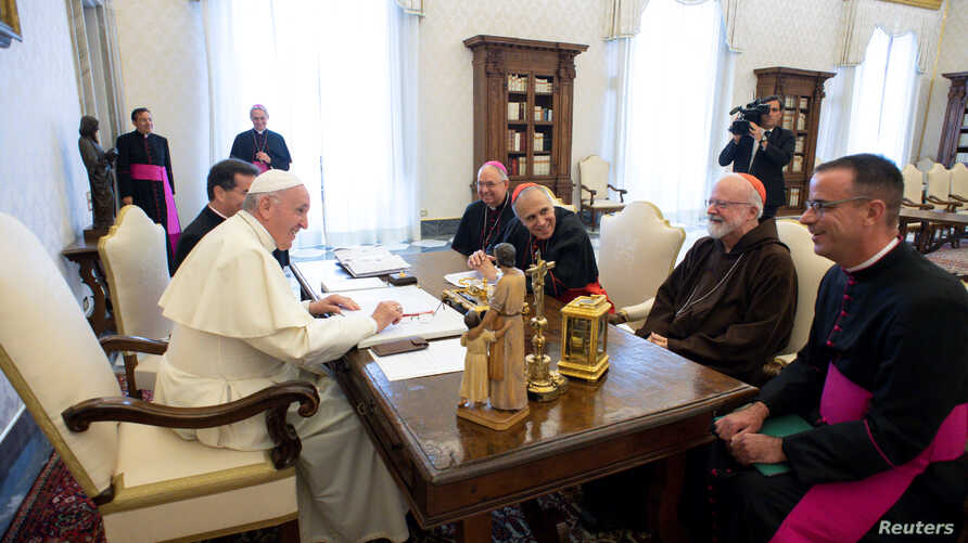 Pope Francis meets U.S. Catholic Church leaders Cardinal Daniel DiNardo, Archbishop of Galveston-Houston, Archbishop of Los Angeles JosŽ Horacio Gomez, Cardinal Sean Patrick OÕMalley, Archbishop of Boston, and Monsignor Brian Bransfield, General Secr