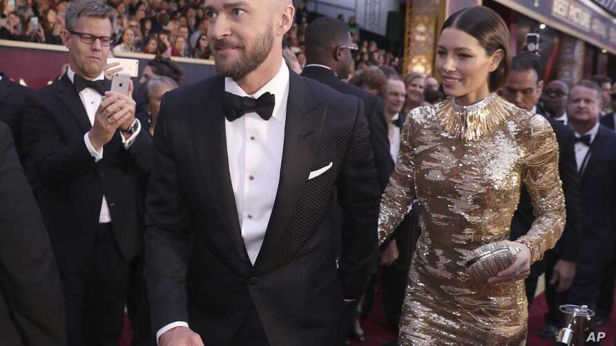 Justin Timberlake, left, and Jessica Biel arrive at the Oscars on Feb. 26, 2017, at the Dolby Theatre in Los Angeles.