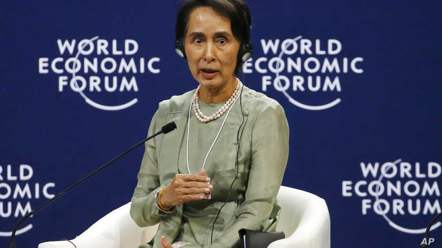 Myanmar State Counsellor Aung San Suu Kyi gestures as she talks about her vision in the World Economic Forum on ASEAN at the National Convention Center, Sept. 12, 2018 in Hanoi, Vietnam.