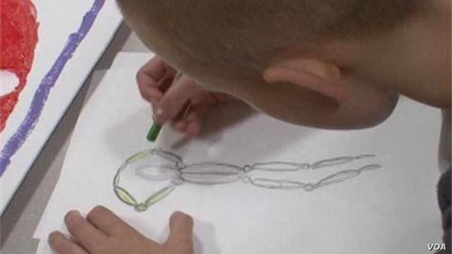 Artful Therapy Helps Kids Cope with Cancer