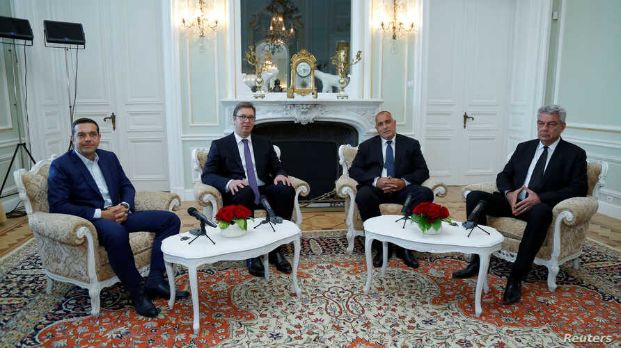 Bulgarian Prime Minister Boyko Borissov (2nd R) poses for a picture with Serbian President Aleksandar Vucic, Greek Prime Minister Alexis Tsipras (L) and Romanian Prime Minister Mihai Tudose (R) in Euxinograd residence, near Varna, Bulgaria, Oct. 3, 2